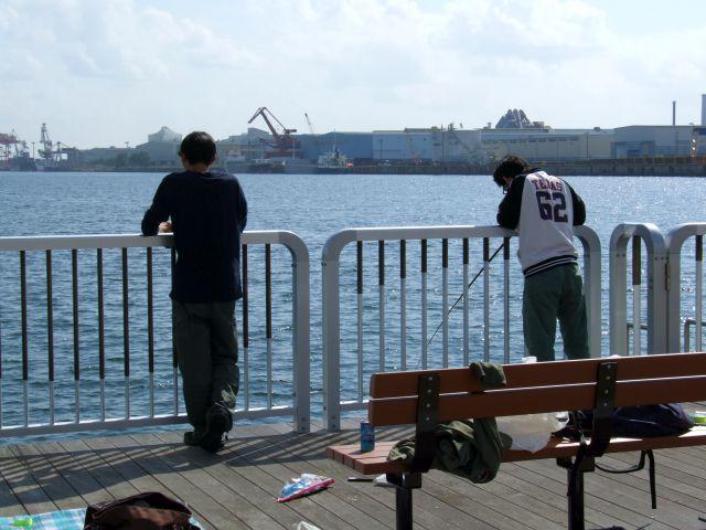 夏休みに有志で行った海釣り
